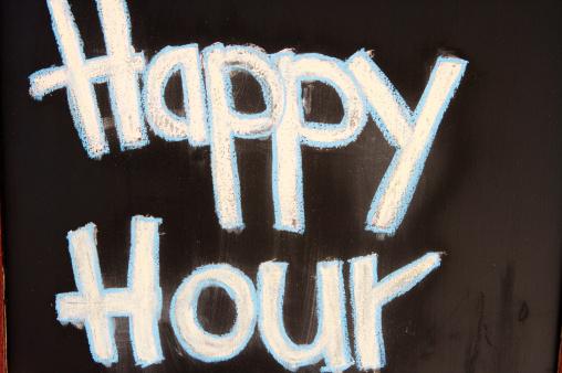 Chalk - Art Equipment「Pub sign saying 'Happy Hour'.」:スマホ壁紙(13)