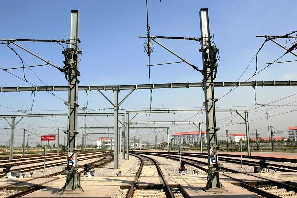 Finance and Economy「Scenes on the Tianjin Light Rapid Transport system Ð 'JinBin Light Railway'. Light Rapid Transport Depot at Hujiayuan.」:写真・画像(18)[壁紙.com]