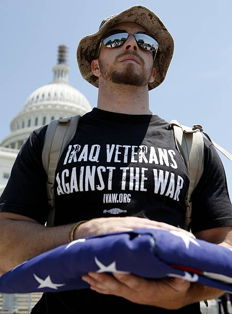 Iraq Veterans Demonstrate Against The War:ニュース(壁紙.com)
