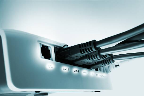 home network switch with free DSL port:スマホ壁紙(壁紙.com)