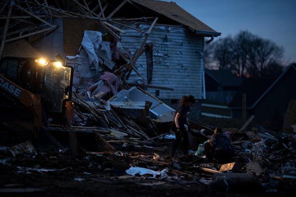 Destruction「22 Dead As Tornadoes Roar Across Tennessee, Including Nashville」:写真・画像(13)[壁紙.com]