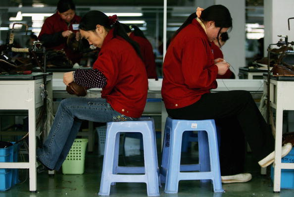 Shoelace「Chinese Workers Make Shoes At A Factory In Wenzhou」:写真・画像(14)[壁紙.com]