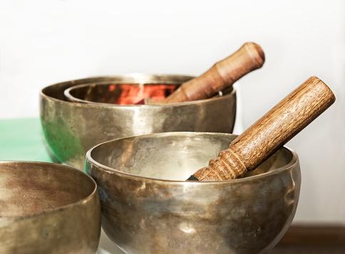 Tibetan Culture「Three Tibetan singing bowls」:スマホ壁紙(5)
