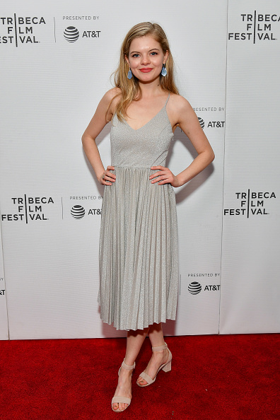 "Gray Dress「""Knives And Skin"" - 2019 Tribeca Film Festival」:写真・画像(6)[壁紙.com]"