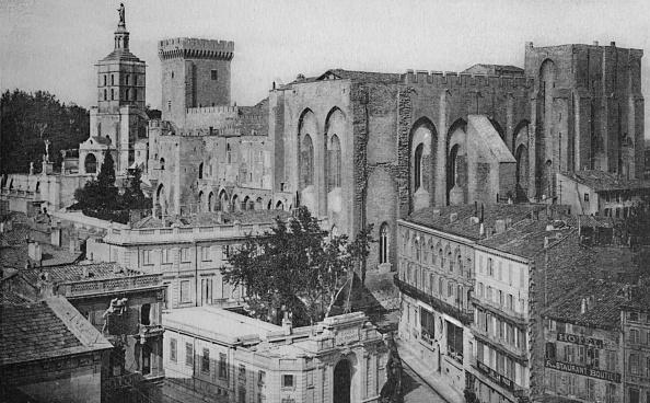 世界遺産「Avignon - Popes Palace View Of The Clock Tower」:写真・画像(13)[壁紙.com]