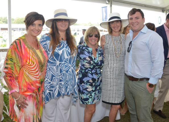 Ben Gordon「Hamptons Magazine Celebrates Grand Prix Sunday At The Hampton Classic Horseshow」:写真・画像(1)[壁紙.com]