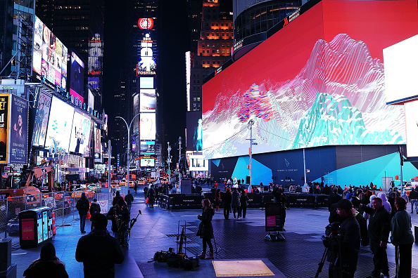 Times Square - Manhattan「New Eight-Story Tall Digital Billboard Leased By Google In New York City's Times Square」:写真・画像(4)[壁紙.com]