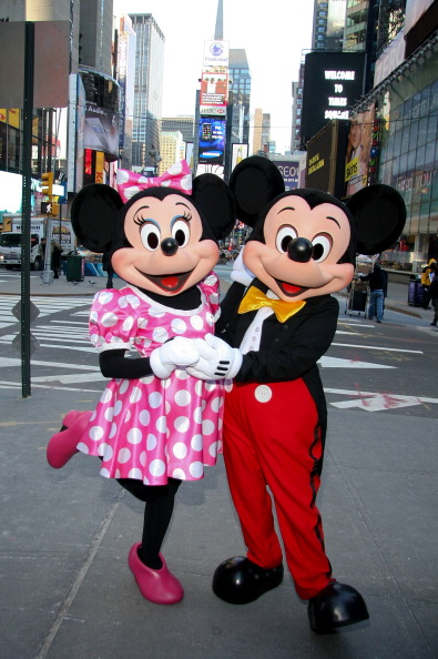 ミッキーマウス「Mickey Mouse And Minnie Mouse Celebrate The Launch Of Disney Junior」:写真・画像(0)[壁紙.com]