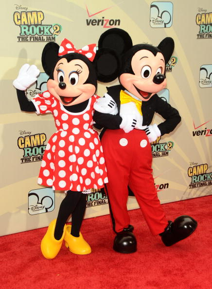 Mickey Mouse「'Camp Rock 2: The Final Jam' New York Premiere - Inside Arrivals」:写真・画像(7)[壁紙.com]