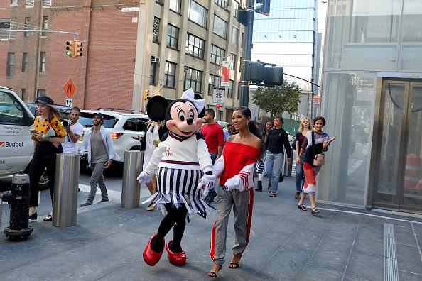 ミニーマウス「Minnie Mouse Takes NYFW」:写真・画像(9)[壁紙.com]