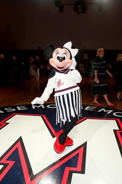 ミニーマウス「Minnie Mouse Takes NYFW」:写真・画像(8)[壁紙.com]
