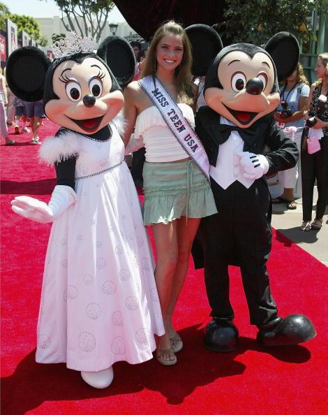 ミニーマウス「The Princess Diaries 2 Royal Engagement Film Premiere」:写真・画像(8)[壁紙.com]