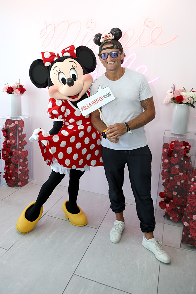 ミニーマウス「Minnie Mouse 90th Anniversary Celebration」:写真・画像(18)[壁紙.com]