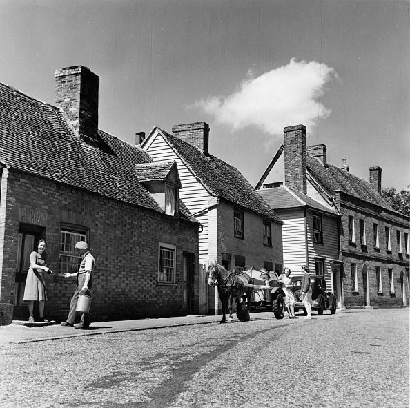 1940-1949「Village Milkman」:写真・画像(18)[壁紙.com]