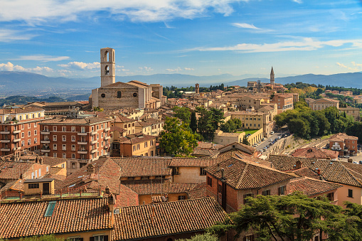 Bell Tower - Tower「A stunning view of Perugia on a sunny day. Umbria, Italy」:スマホ壁紙(18)