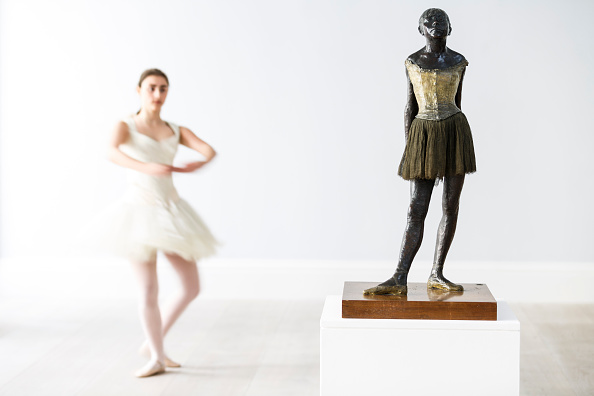 Sculpture「Degas And The Dancer」:写真・画像(2)[壁紙.com]