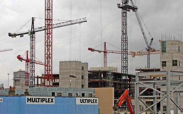 Construction Industry「Construction Firm Multiplex Doubles Profits」:写真・画像(16)[壁紙.com]