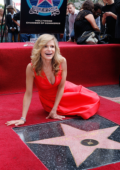 Vince Bucci「Kyra Sedgwick Honored At The Hollywood Walk Of Fame」:写真・画像(1)[壁紙.com]