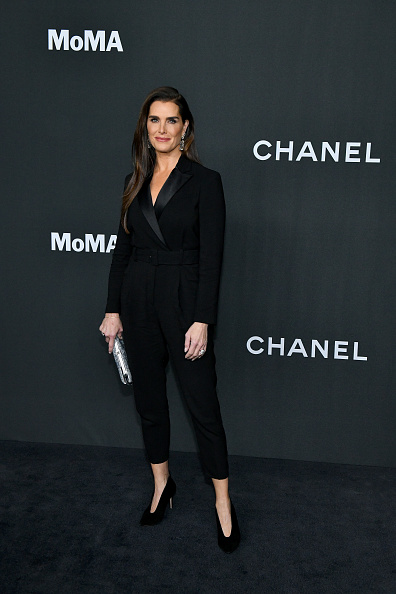 Charity Benefit「MoMA's Twelfth Annual Film Benefit Presented By CHANEL Honoring Laura Dern - Arrivals」:写真・画像(4)[壁紙.com]