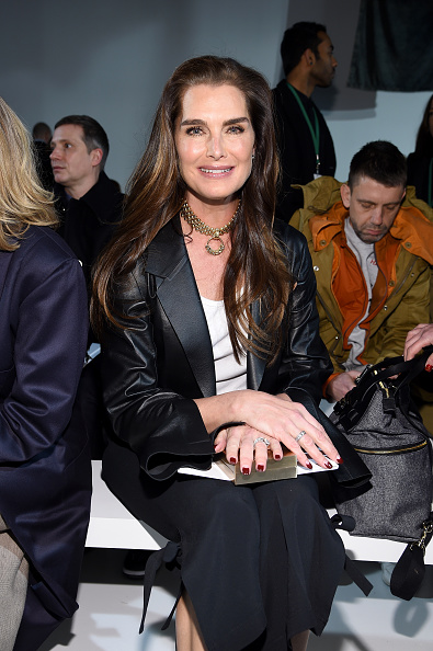 ニューヨークファッションウィーク「Calvin Klein Collection - Front Row - February 2017 - New York Fashion Week」:写真・画像(9)[壁紙.com]