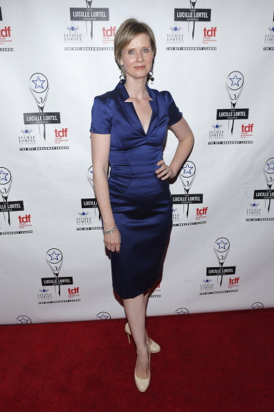 Form Fitted「28th Annual Lucille Lortel Awards - Arrivals」:写真・画像(16)[壁紙.com]
