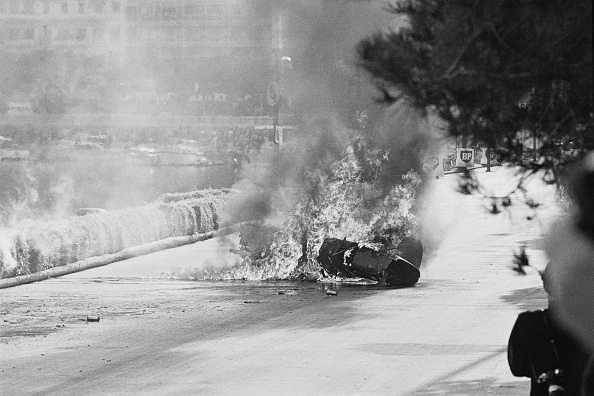 F1レース「Lorenzo Bandini Crashes」:写真・画像(18)[壁紙.com]