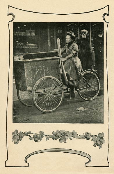 Tradition「How Bread Is Delivered In Paris」:写真・画像(17)[壁紙.com]