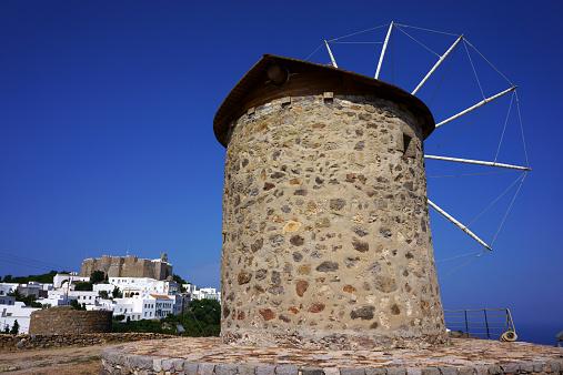 パトモス島「Windmill, town Chora, Johannes monastery, Patmos,」:スマホ壁紙(15)