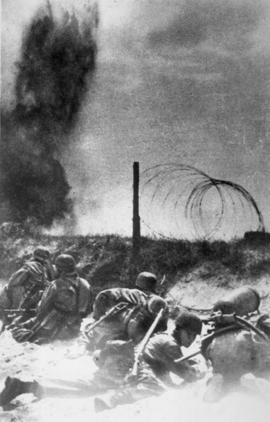 Hiding「German Paratroopers」:写真・画像(16)[壁紙.com]