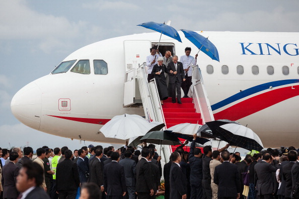 King Norodom Sihamoni「King Norodom Sihamoni Returns To Cambodia Amid Election Controversy」:写真・画像(6)[壁紙.com]