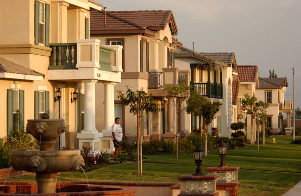 Residential District「Los Angeles Population Growth Continues At Torrid Pace 」:写真・画像(1)[壁紙.com]