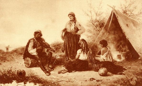 Violin「GYPSY Camp seated gypsy」:写真・画像(17)[壁紙.com]
