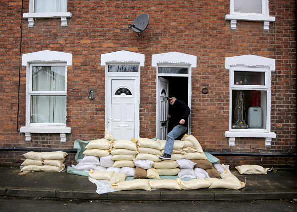 Risk「UK Braced For More Storms As Rain And Snow Bring More Flood Misery」:写真・画像(11)[壁紙.com]
