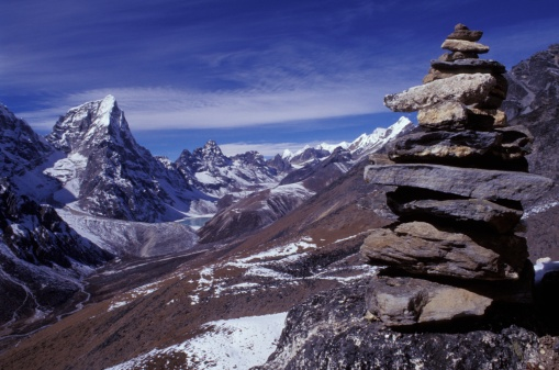 Khumbu「Mountainous terrain with stone monument in foreground」:スマホ壁紙(2)