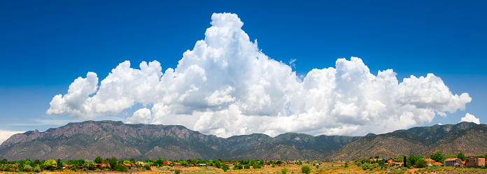 Sandia Mountains「Majestic  Cloudscape over Sandia Mountains」:スマホ壁紙(10)
