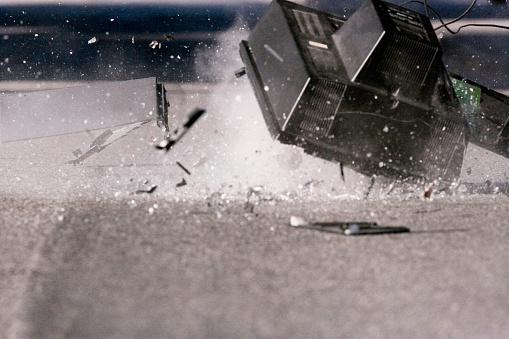Destruction「Shattered Television」:スマホ壁紙(14)