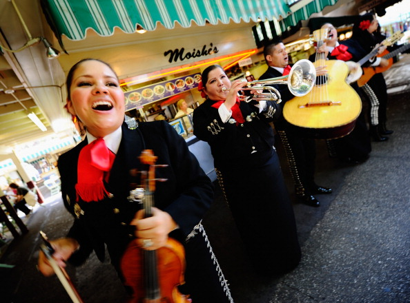 Cultures「Cinco De Mayo Celebrated In Los Angeles」:写真・画像(16)[壁紙.com]
