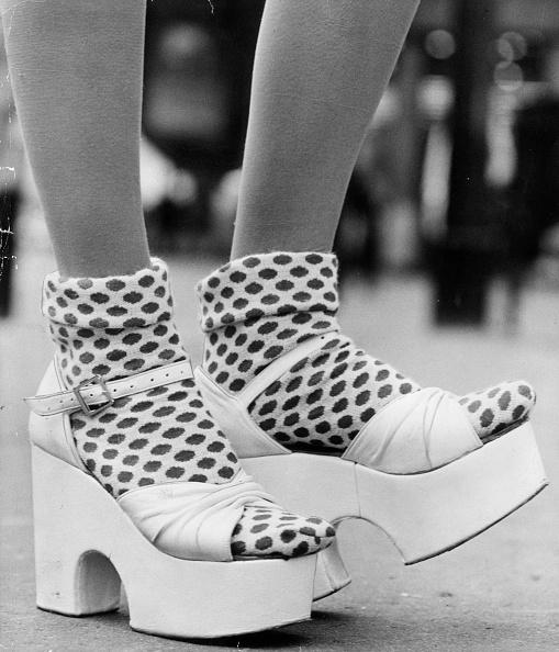Platform Shoe「Spotty Socks」:写真・画像(1)[壁紙.com]
