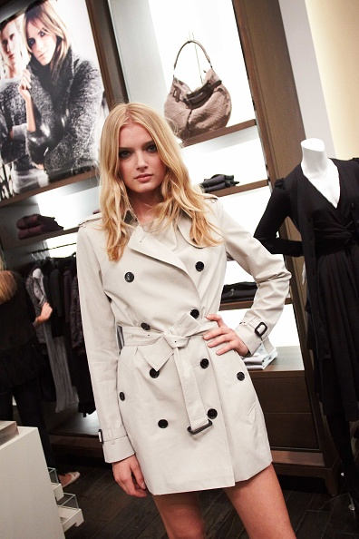 Burberry「Burberry Soho Store Celebrates Fashion's Night Out」:写真・画像(17)[壁紙.com]