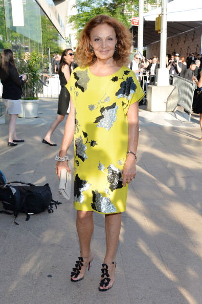 Yellow Dress「2014 CFDA Fashion Awards - Outside Arrivals」:写真・画像(13)[壁紙.com]