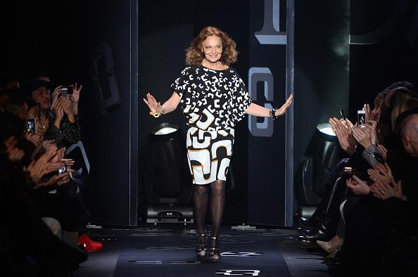 North America「Diane Von Furstenberg - Runway - Fall 2013 Mercedes-Benz Fashion Week」:写真・画像(9)[壁紙.com]