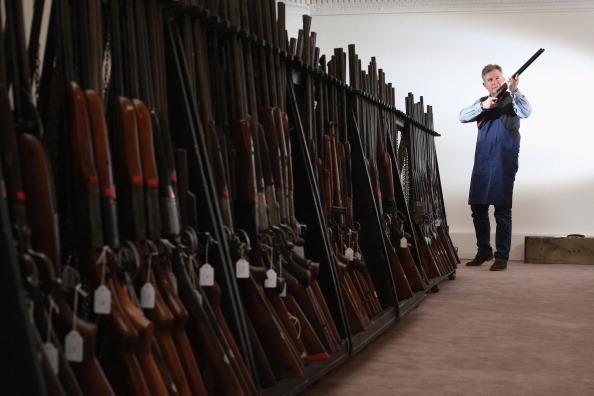 銃「Vintage Sporting Guns And Rifles On Display Ahead Of Auction」:写真・画像(5)[壁紙.com]