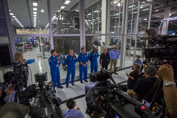 International Space Station「Spacex Prepares For First Manned Spaceflight With NASA Astronauts」:写真・画像(12)[壁紙.com]