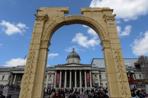 建築上の特徴 アーチ「Replica Of The Triumphal Arch At Palmyra Revealed」:写真・画像(8)[壁紙.com]