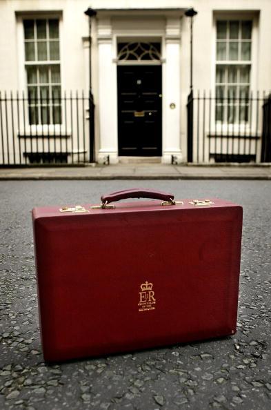 Budget「Chancellor Gordon Brown Announces His Budget Statement」:写真・画像(13)[壁紙.com]