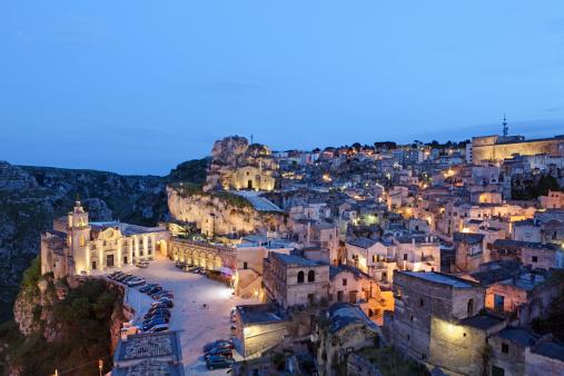 Steep「Matera Sassi cityscape by night, Basilicata Italy」:スマホ壁紙(8)