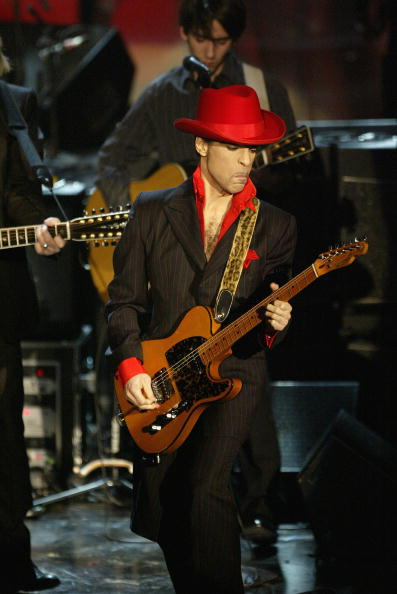Three Quarter Length「2004 Rock And Roll Hall Of Fame Ceremony In New York - Show」:写真・画像(6)[壁紙.com]