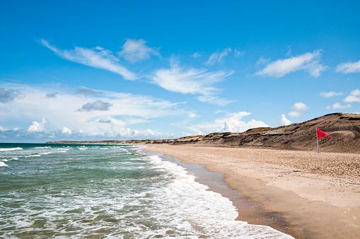 Nouvelle-Aquitaine「Empty beach on Atlantic coast - France」:スマホ壁紙(8)