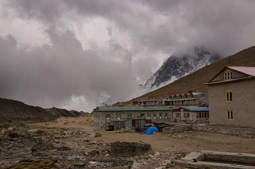 Khumbu Glacier「Village houses, Lobuche, Everest Base Camp Trek, Nepal」:スマホ壁紙(10)