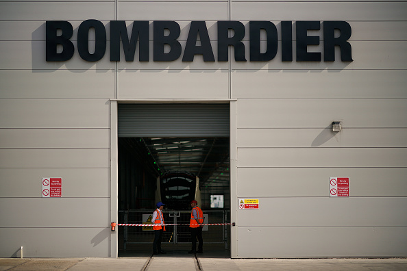 """Bombardier「Jeremy Corbyn Drives A Train At Bombardier To Highlight Labour's """"Build It In Britain"""" Campaign」:写真・画像(3)[壁紙.com]"""